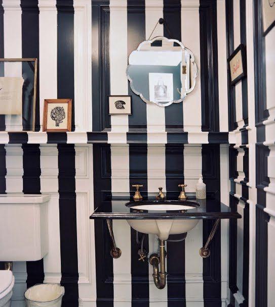 powder room: Bathroom Design, Stripes Bathroom, Stripes Wall, Black And White, Black White, Bathroomdesign, White Bathroom, Blackwhite, Powder Rooms