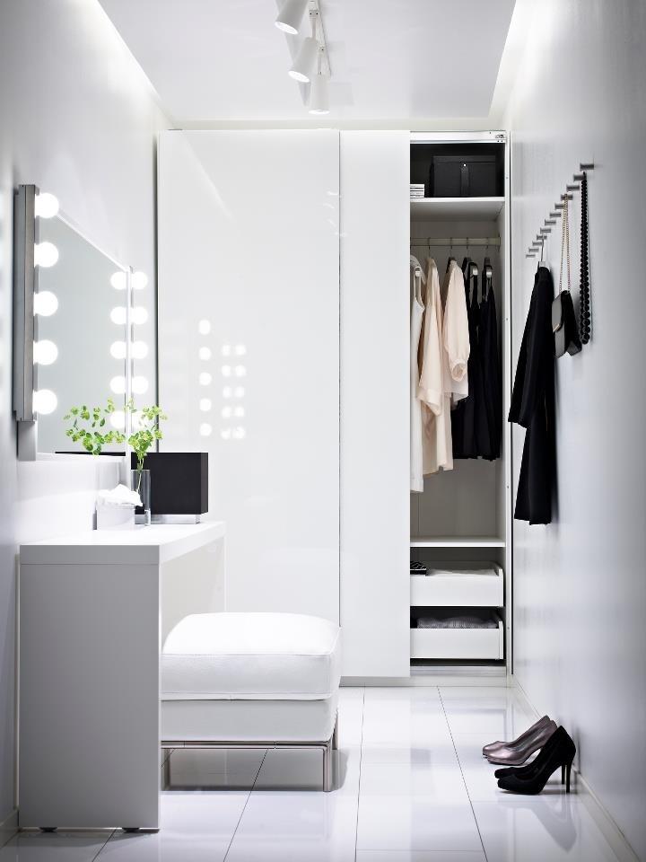 Lovely dressing room