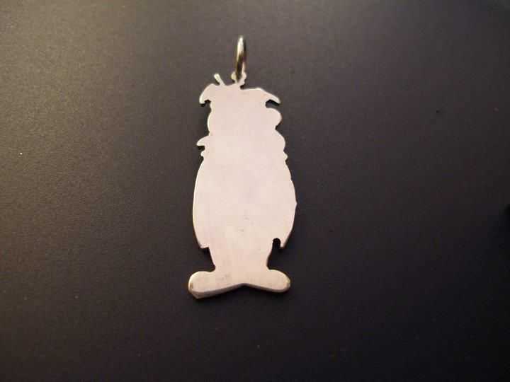 sterling silver fred flintstone pendant 25mm x 20mm, £14.99