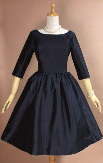 結婚式のワンピースに。オードリードレス・ブラック、ネイビー・7号、9号 - お呼ばれドレスの通販|二次会や謝恩会のパーティドレス【クラシックダーナ】