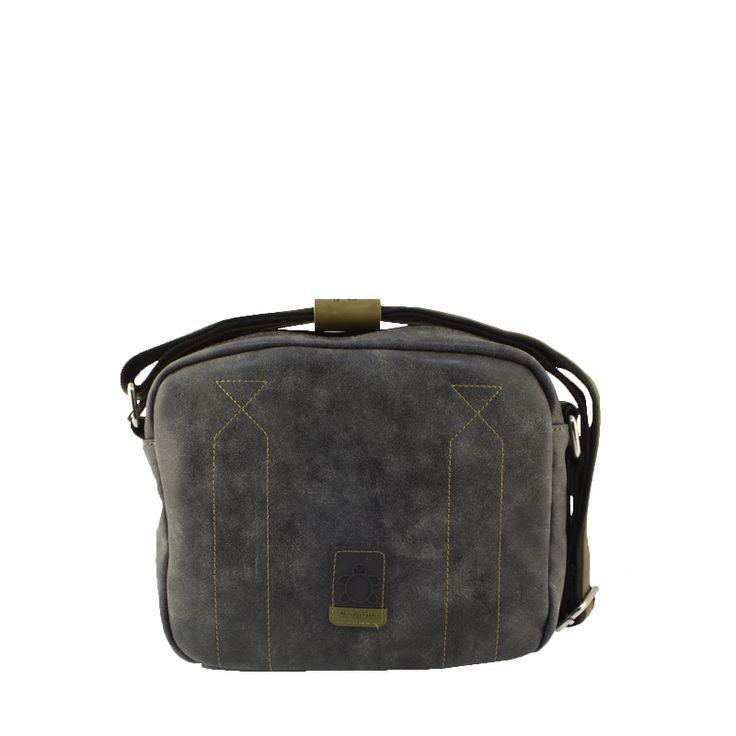 Bandolera Caminatta Icaro A2040 en color negro con efecto deslavado