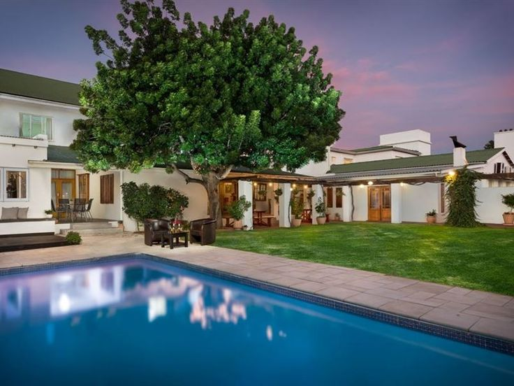 Citrusdal Country Lodge - This family run hotel feels more like a home away from home, a place where you can kick off your shoes, relax and unwind as you discover the delights of the region.  Citrusdal Country Lodge is located ... #weekendgetaways #citrusdal #southafrica