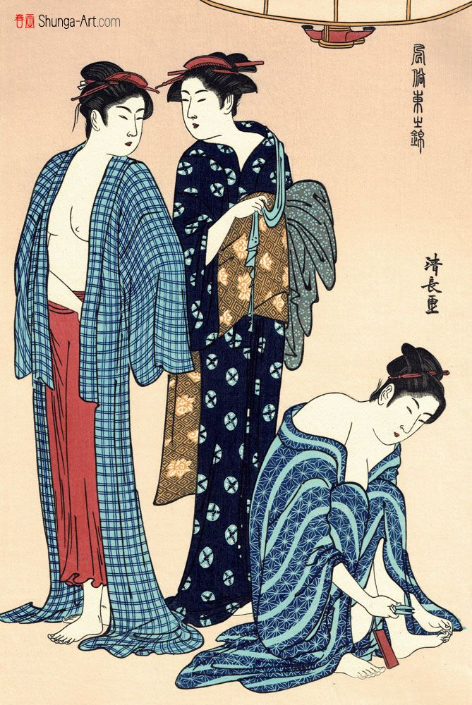 """TRE BELLEZZE Celebre xilografia policroma tratta dalla serie """"Immagini di broccato della moda d'Oriente"""" (風俗東之錦) dell'artista Torii Kiyonaga (鳥居清長) e raffigurante tre bellezze bijin  appena uscite dalla vasca da bagno ofuro  e che, adesso, sono intente ad asciugarsi (la figura centrale tiene in mano un asciugamano), a rivestirsi (la figura di sinistra indossa una sottoveste rossa, molto comune tra le donne di piacere) e a tagliarsi le unghie"""
