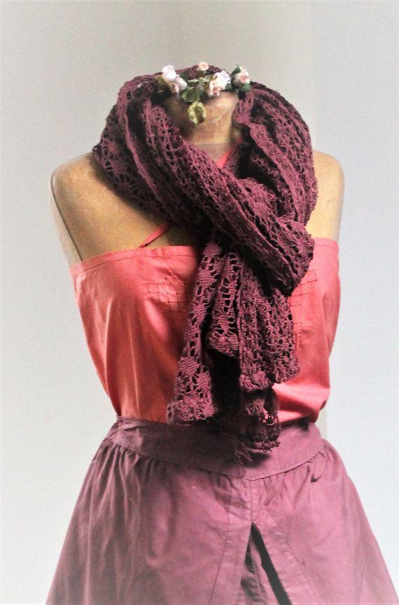Foulard / Echarpe / Châle vintage en crochet de par HASBEENDECO