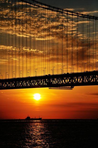 Sunset at Akashi Strait, Kobe, Japan 明石海峡の夕