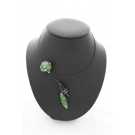 bijoux artisanal collier excentrique en verre fait main dans mon atelier proche de peyrehorade