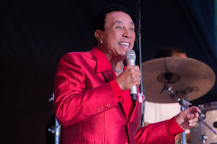 Netflix Orders Motown-Inspired Animated Kids Series, Smokey Robinson To Produce