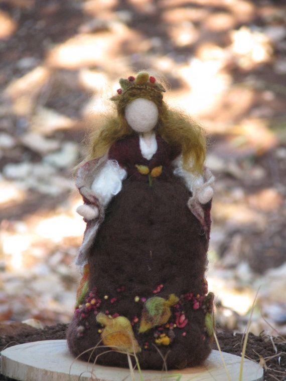 Feltrata waldorf bambola caduta ispirato ad aghi di Made4uByMagic