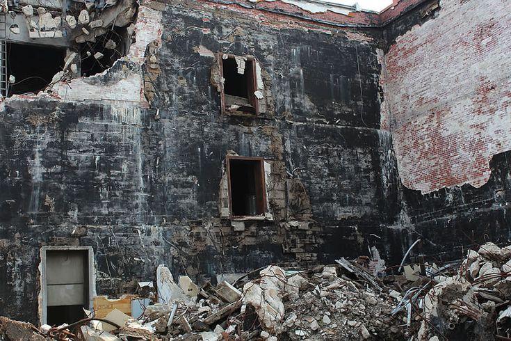 Urbex: Abandoned, Burned, Semi-Demolished Emge Foods Meat Processing Plant [72 PICS]