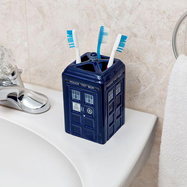 Doctor Who TARDIS Toothbrush holder  #DoctorWho - Geek Decor