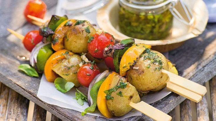 Farebný zeleninový špíz s marhuľami