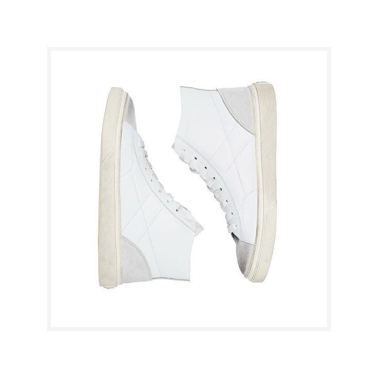Luminosity for the #HOGAN #H340 high top #sneakers #HoganSneakers