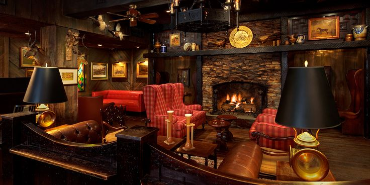 The Cheshire Hotel | St. Louis | Fox and Hounds