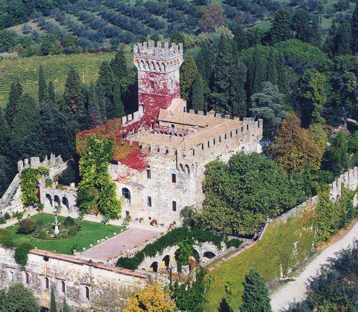 10 Fairy Castles in Tuscany   Castello di Vincigliata