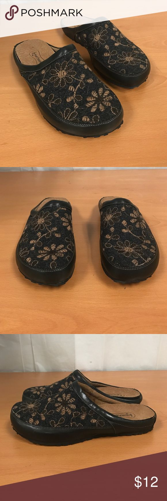 Hush puppies slipper removal padding 9 Item not eligible for bundling 😞 Hush Puppies Shoes Slippers