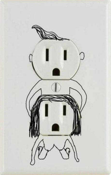 What if your kid drew this on the wall at home? lol: Plugs, Funny Pics, Funny Shit, Funny Pictures, Electric Outlets, Funny Stuff, So Funny, Colleges House, Outlets Covers