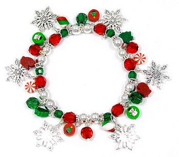 Christmas jewelry http://cuteomatic.com/jewelry