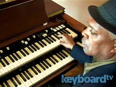 Booker T. Jones: NPR Music Tiny Desk Concert - YouTube