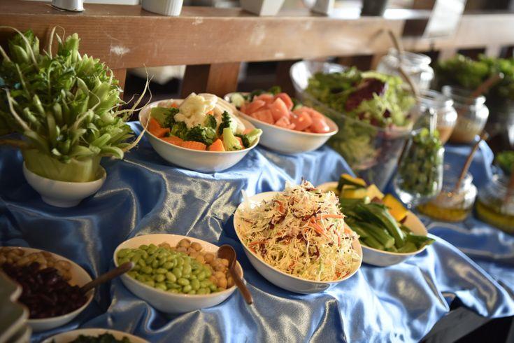 野菜ソムリエ・土田美緒さんおすすめ、銀座の野菜たっぷりヘルシーランチを土田さんによるコメント付きでご紹介。ヘルシーランチと言っても、生薬とハーブをふんだんに使った薬膳料理からヴィーガン、現地ホテル出身シェフによる本格エスニックまでスタイルは様々。その日の気分に合わせて楽しめます!