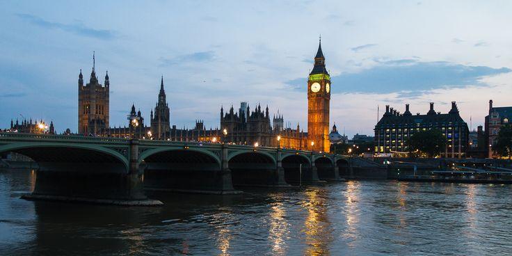 Londres Calling #Fly #me #Away: #Londres #Calling | #cidades #globais #centros #financeiros #mundo #turistas #TrendyNotes #Londres!