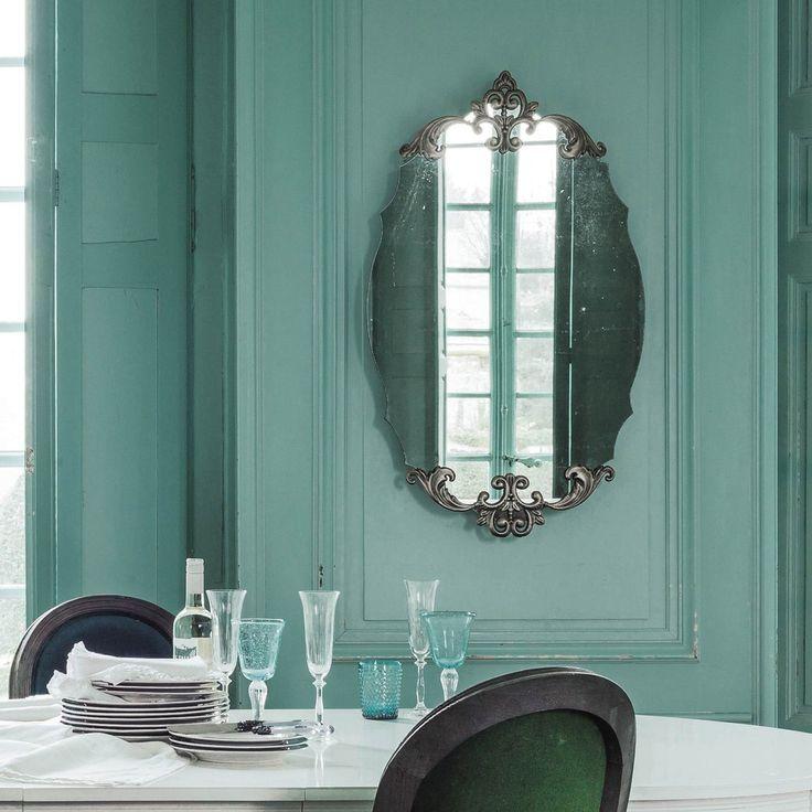 Ovaler Spiegel aus bronzefarbenem Metall H 101 cm