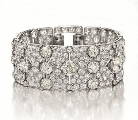An Art Deco Diamond Bracelet, by Cartier. Circa 1930