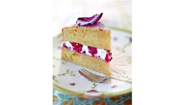 Jamie Oliver Nan S Lemon Drizzle Cake Recipe: Jamie Olivers Sponge Cake Ideas And Designs