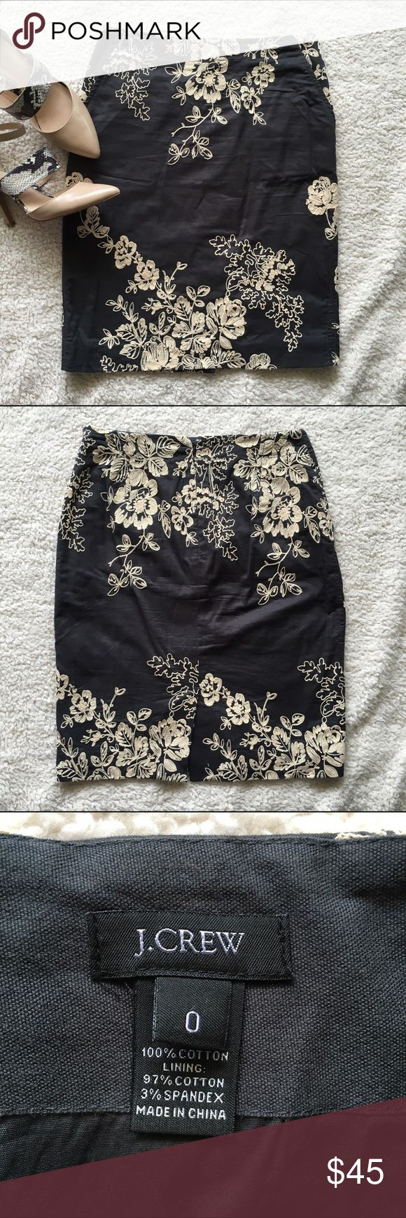 """J. Crew Floral Appliqué Pencil Skirt, size 0 J. Crew dark gray pencil skirt with tan floral appliqué pattern, fully lined, with side pockets and a back slit. Good used condition from a smoke-free, pet-free home. Approx. measurements: Waist: 13.25"""", Hips: 18"""", Length: 21"""". Size: 0 J. Crew Skirts Pencil"""