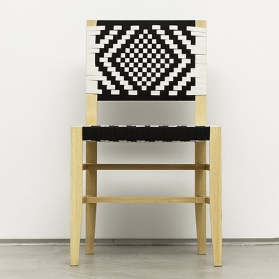 blk & white weave beautifully contrasting the neutral wood.