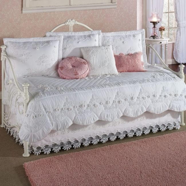 Daybed bedding for-little-girls simple white daybed-comforter set with pink pillows