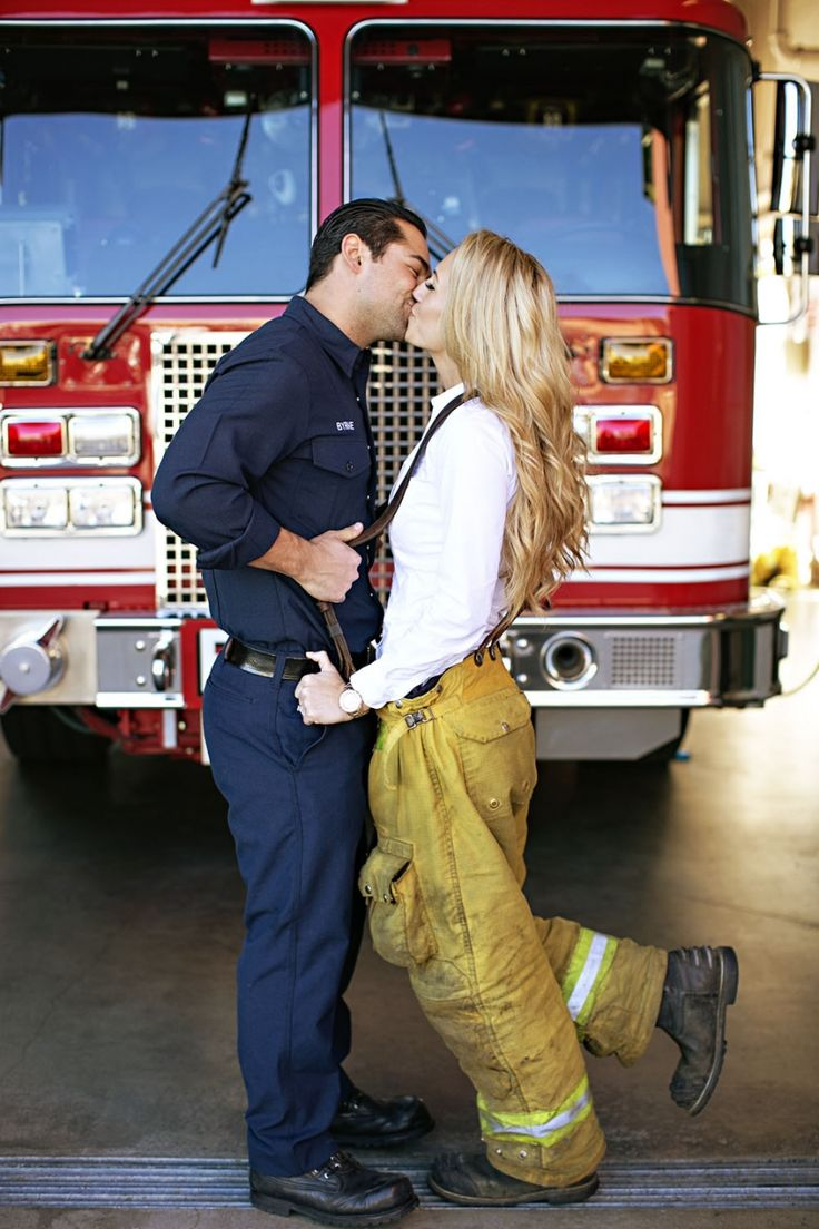 CHELSEA+DAVE | Firefighter Engagement Session » CHARD photographer