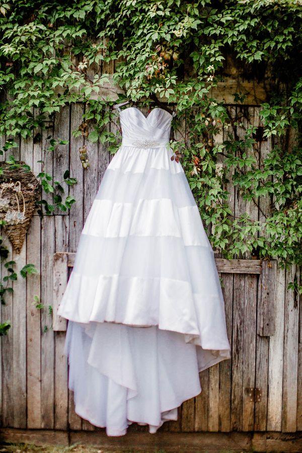Preppy Organza and Satin Striped Wedding Dress | Honey Gem Creative | http://heyweddinglady.com/preppy-southern-chic-summer-wedding-shoot/