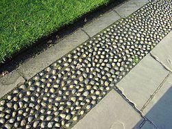 Install Plastic Lawn Edging