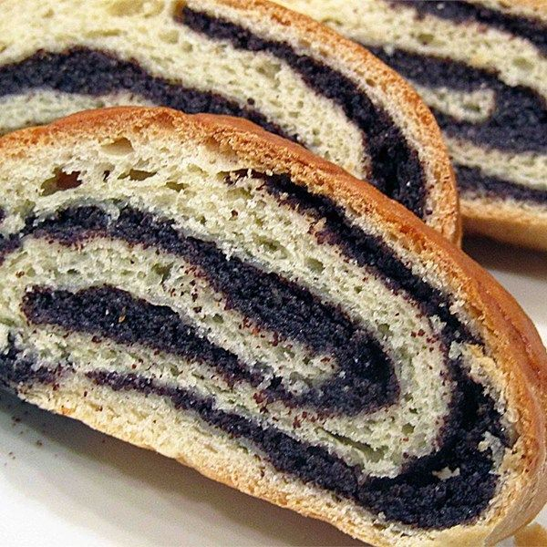"Old World Poppy Seed Roll | ""My Slovak father used to buy this at a bakery in New York, I haven't had it in 40 years!! It tasted exactly how I remember it!"""