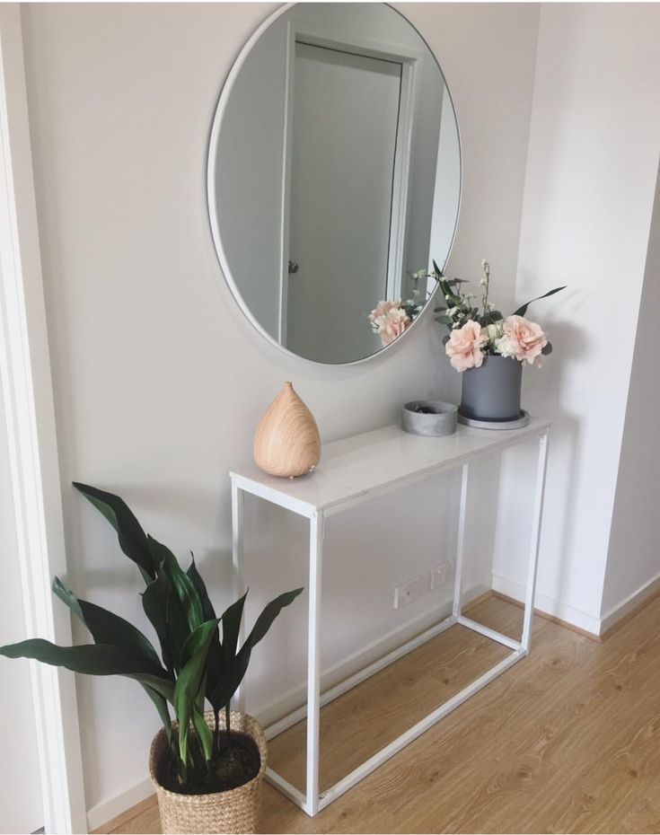 Perfekter Einstieg Für den Tisch und den Spiegel …
