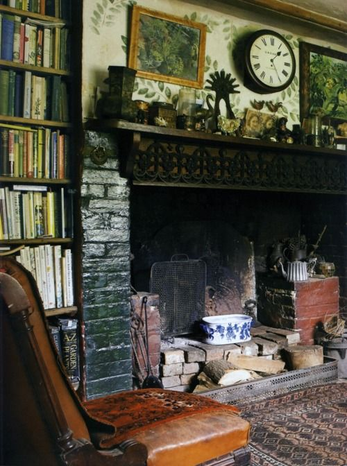 bookshelves and mantle
