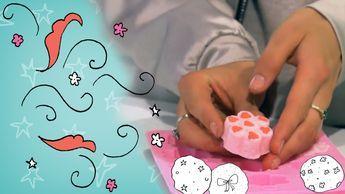 Wat is er nou meer relaxing dan een lekker bad na een drukke dag? Bruisbal erin en schuimen maar! In deze DIY leer je zelf bruisballen te maken.