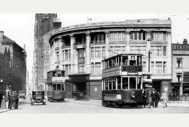 Bygones: When our old market stalls gave way to the buses and back again! | Derby Telegraph