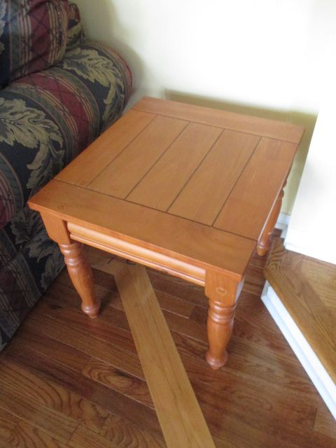 OAK PLANK END TABLE SET Content sale from pleasant Kanata South home – 27 Brandy Creek Crescent, Ottawa ON. Sale will take place Saturday, May 9th 2015, from 9am to 2pm. Visit www.sellmystuffcanada.com to view photos of all available items!
