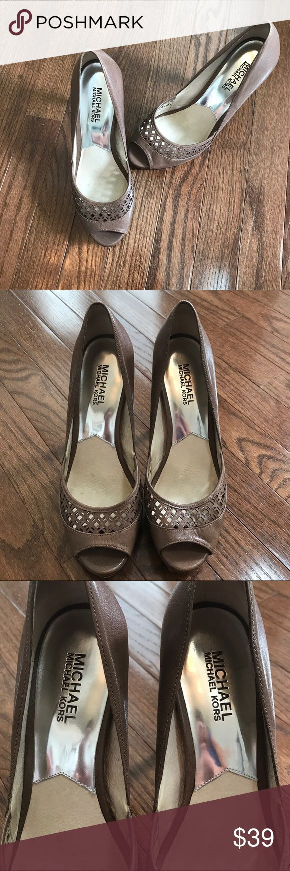 Michael Michael Kors Open-Toe Heels Size 7.5 Michael Michael Kors Open-Toe Heels Size 7.5 4 inch heel in BEAUTIFUL condition /minor signs of wear MICHAEL Michael Kors Shoes Heels
