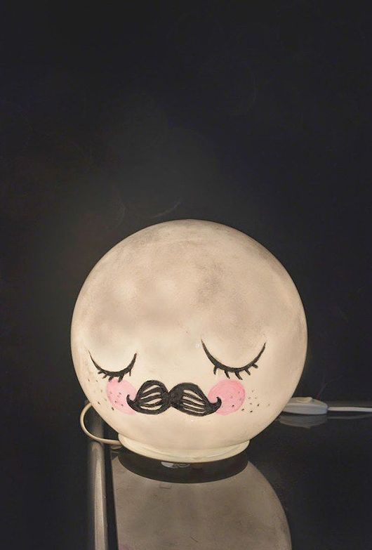 DIY: cute night lamp - IKEA hack using FADO table lamp and markers/paint