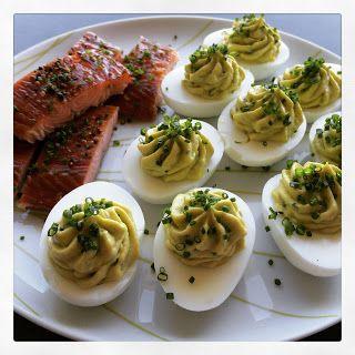 Lykkes Lækkerier: Fyldte æg med avocado