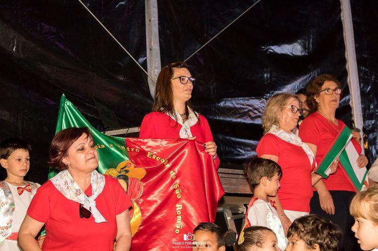 marcha 2016/17 com o tema Portugal contado e cantado
