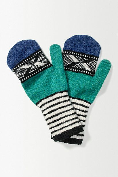 Geo Contrast Mittens #anthropologie  in either colour… think i prefer the pink but also like the green :)