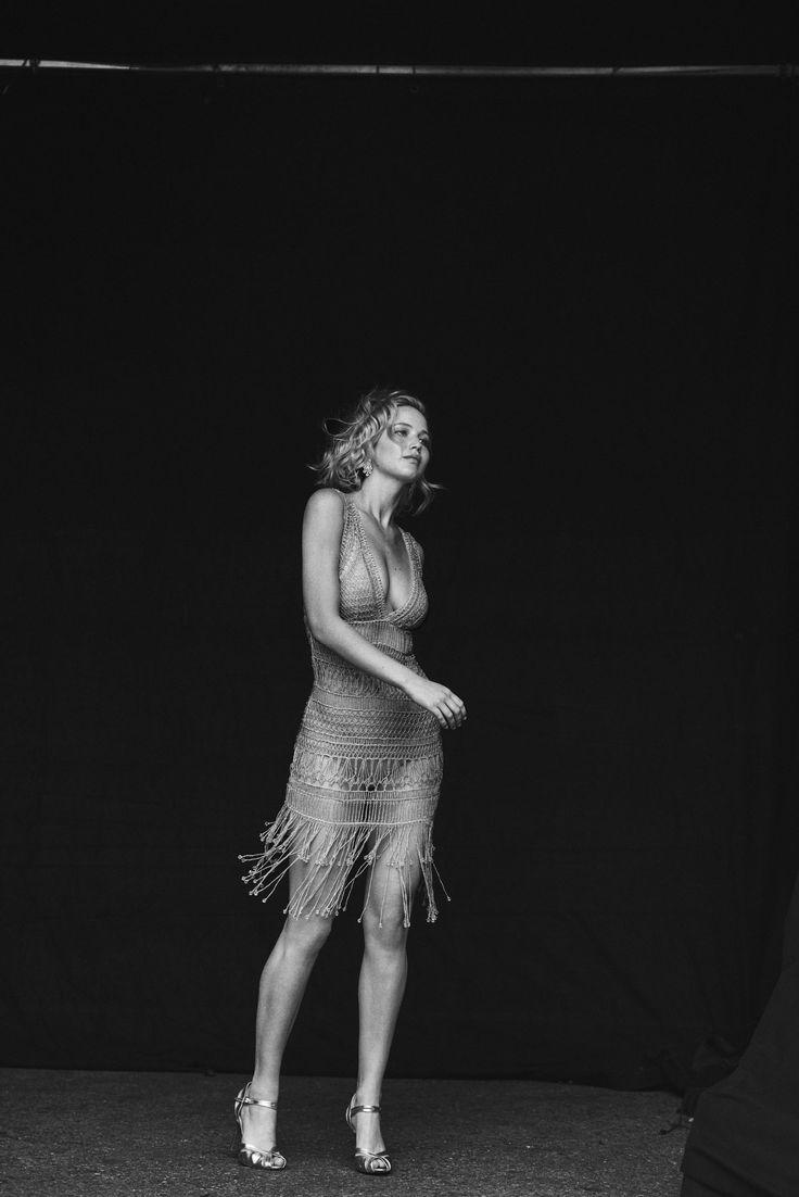 Jennifer-Lawrence-Feet-2513785.jpg (2002×3000)