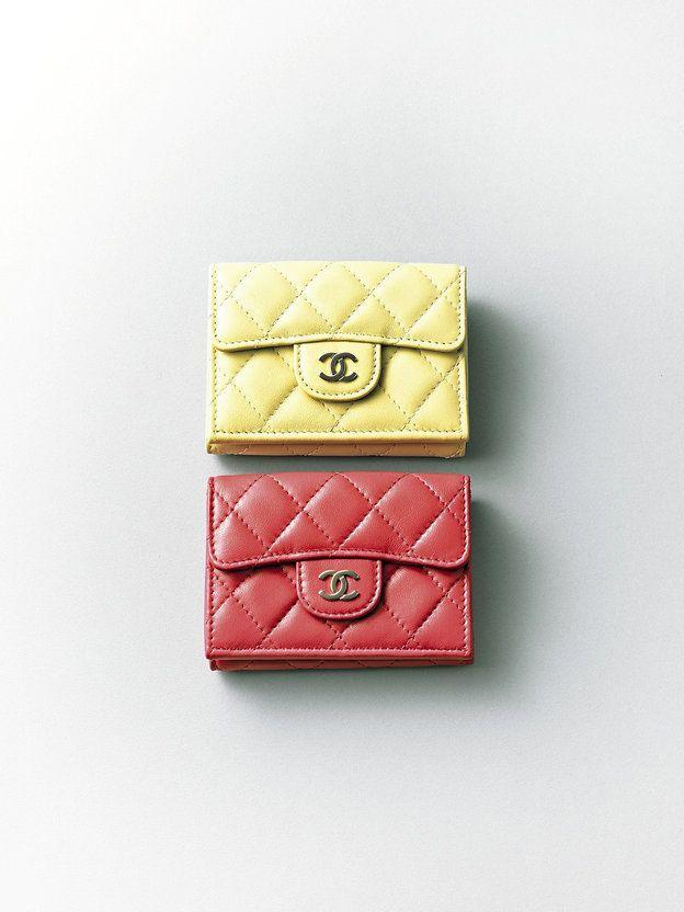 ba6887543a51 2018年の初物買いにいかが? 今こそ手に入れたい、憧れブランドのお値打ちアイテム12 | something I want now | ミニ財布,  財布 ブランド, 財布