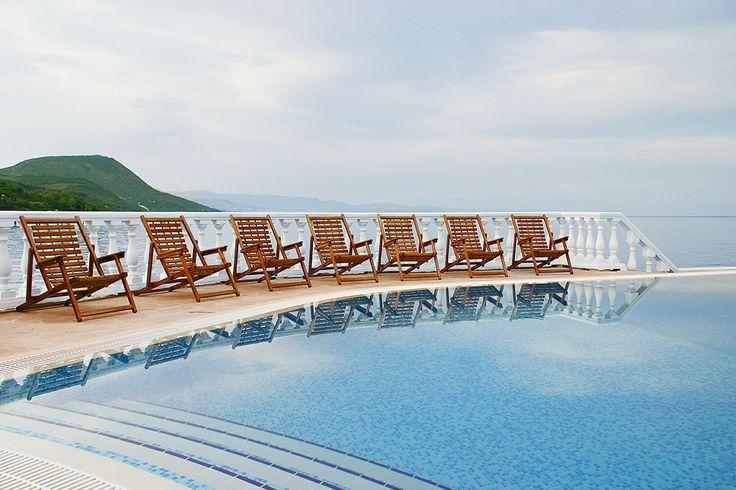 Бассейн отеля Аркадия, Утес, Санта Барбара http://www.hotel-arcadia.crimea.ua/hotel-swimming-pool