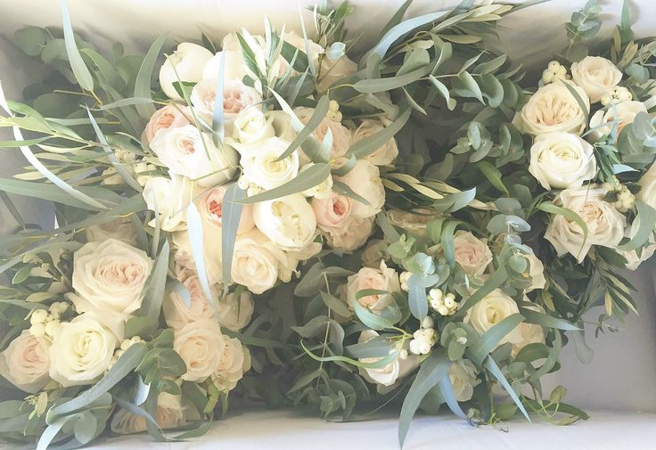 Bouquets by Aisle Style x