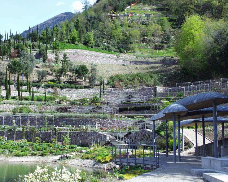Die Wasser- und Terrassengärten | I Giardni acquatici e terrazzati