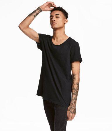 T-shirt med råa kanter   Svart   Herr   H&M SE